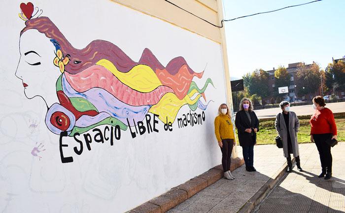 Puertollano firma el pionero protocolo preventivo de acoso sexual en el ámbito educativo