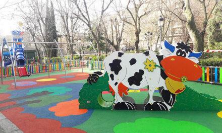 Culminan las obras del nuevo parque infantil del Paseo de San Gregorio