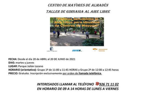 Gimnasia al aire libre en el Centro de mayores de Almadén
