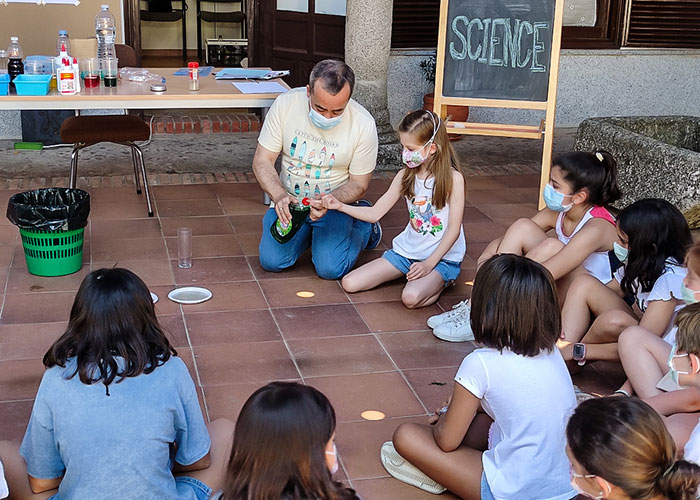 60 menores aprenden inglés este verano en Almodóvar del Campo en un ambiente lúdico